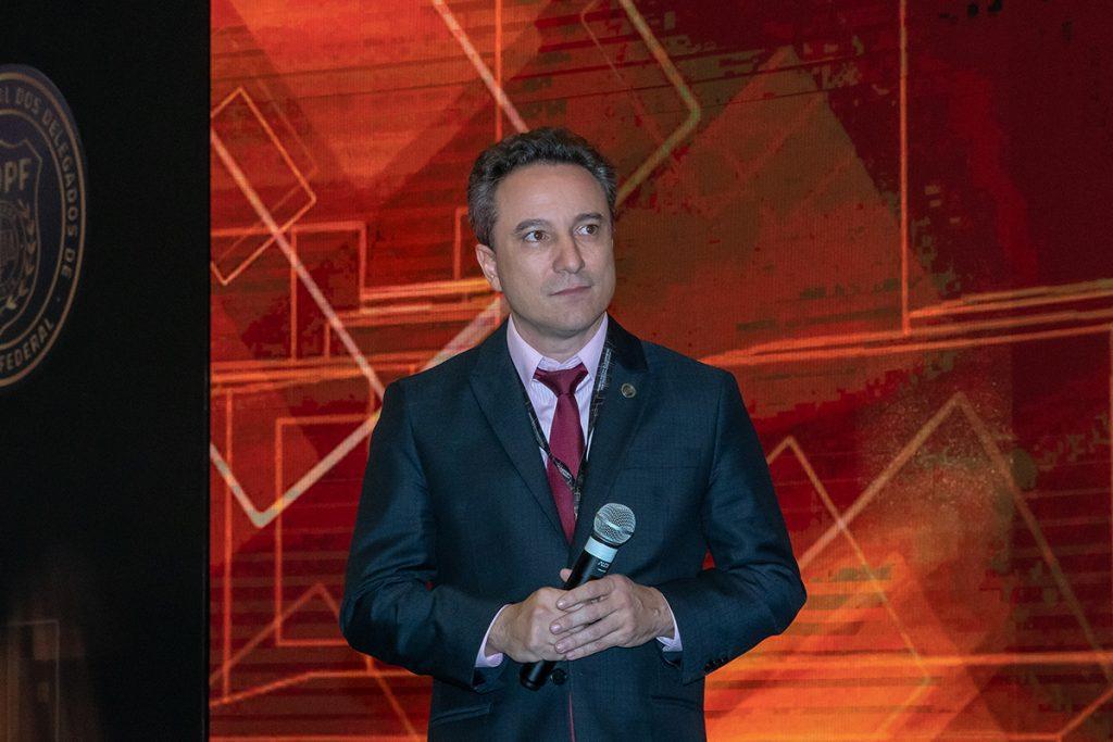 Diretor da ADPF-DF e anfitrião do evento, Luciano Leiro.